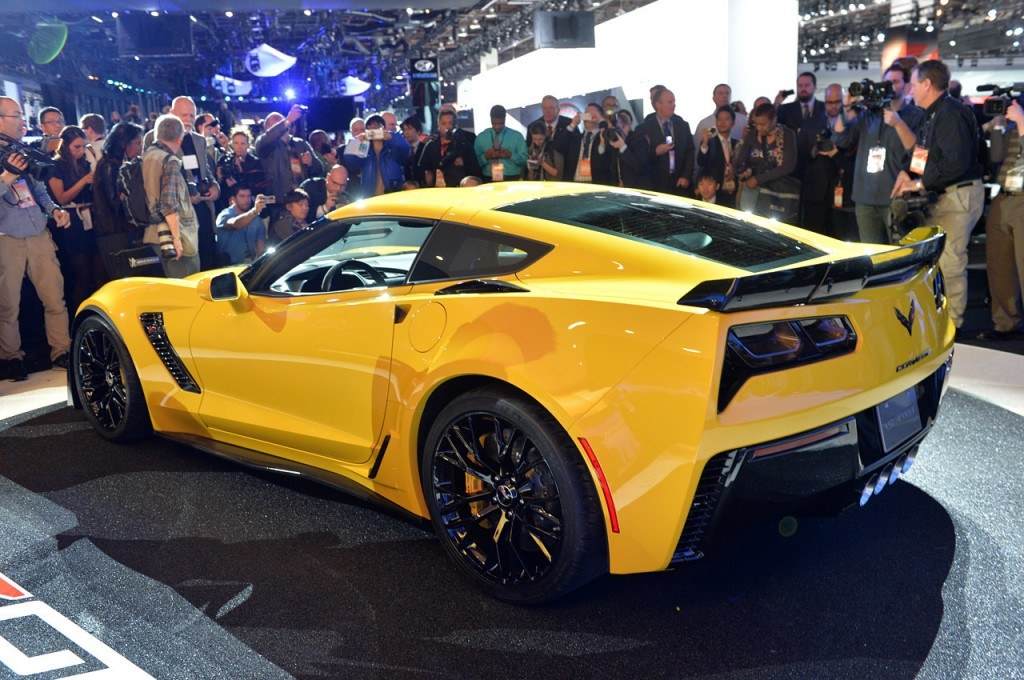 For the first time ever, the Corvette Z06's aluminum frame will be produced in-house at General Motors' Bowling Green assembly plant. It's the same robust, lightweight frame used on the Corvette Stingray and it will be used essentially unchanged for the C7.R race cars.
