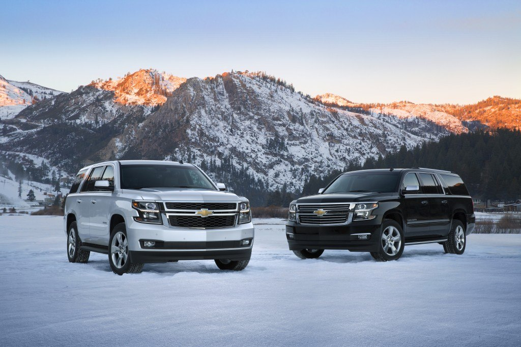 The 2015 Chevrolet Suburban (left) and Tahoe (right)