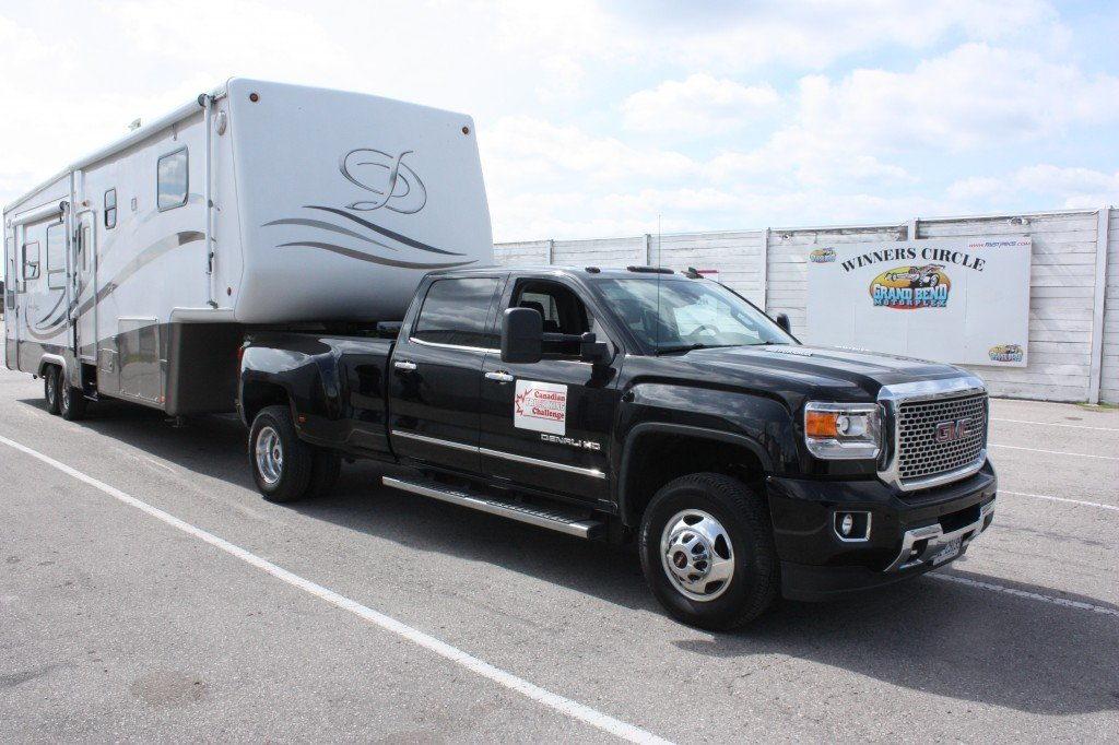 The GMC Sierra 3500 HD has been named the best Heavy Duty truck in Canada for 2014.