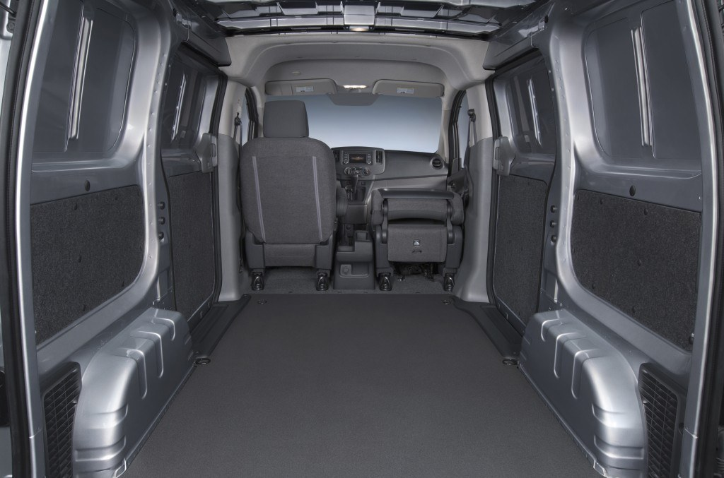 The 2015 Chevrolet City Express features rear doors that open to 90 and 180 degrees, a cargo volume of 122.7 cubic feet (fits a standard U.S. 48-inch pallet) and six standard floor-mounted cargo rings.