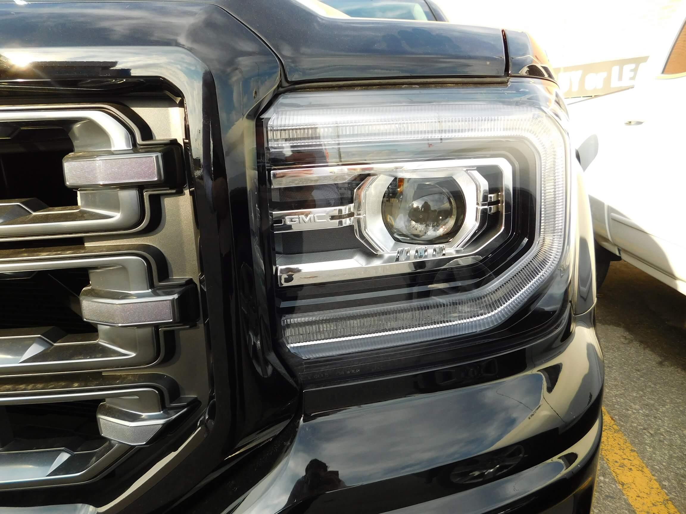 2016 GMC Sierra headlight
