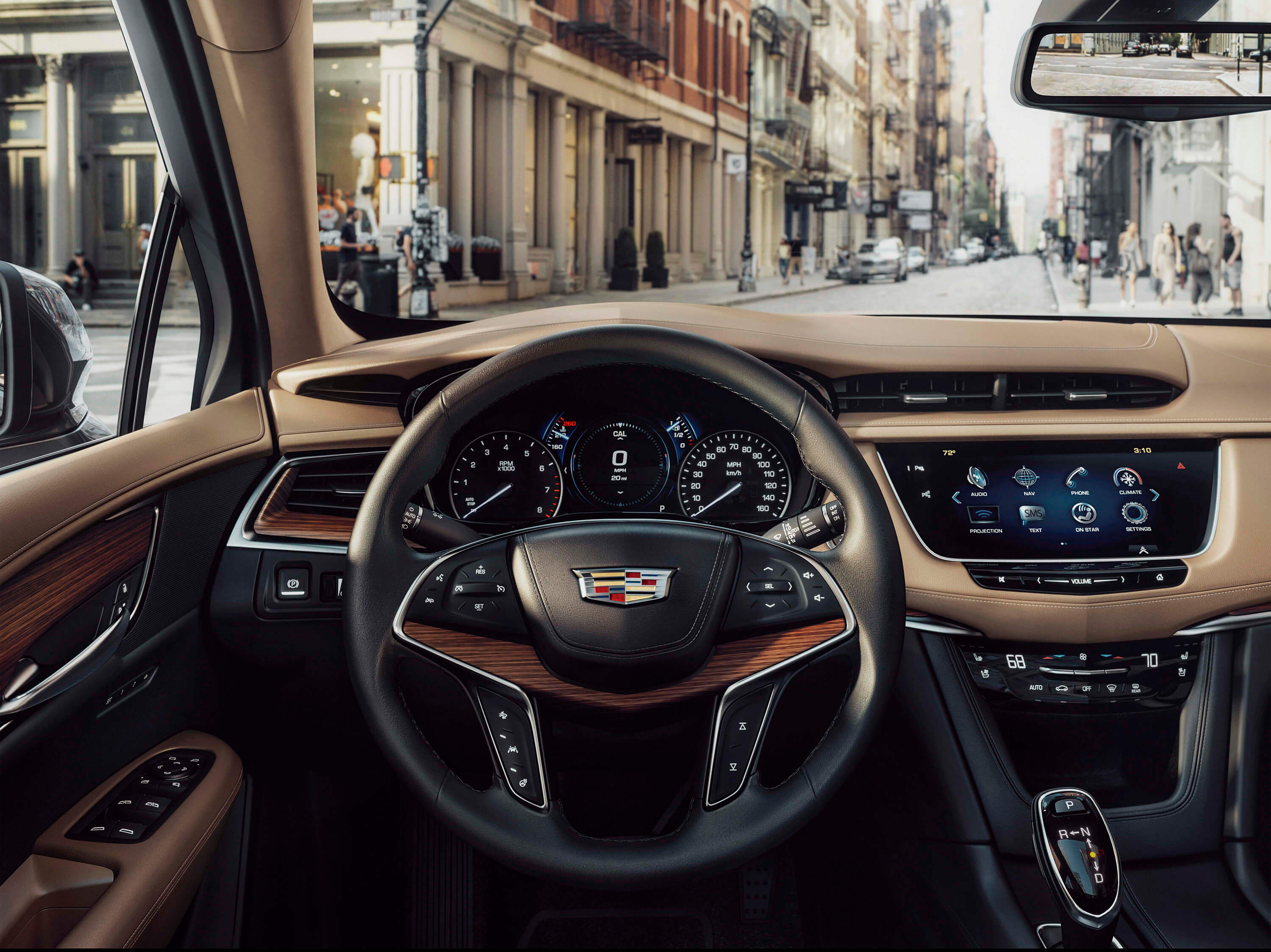 XT5 features a stunning yet simple interior.