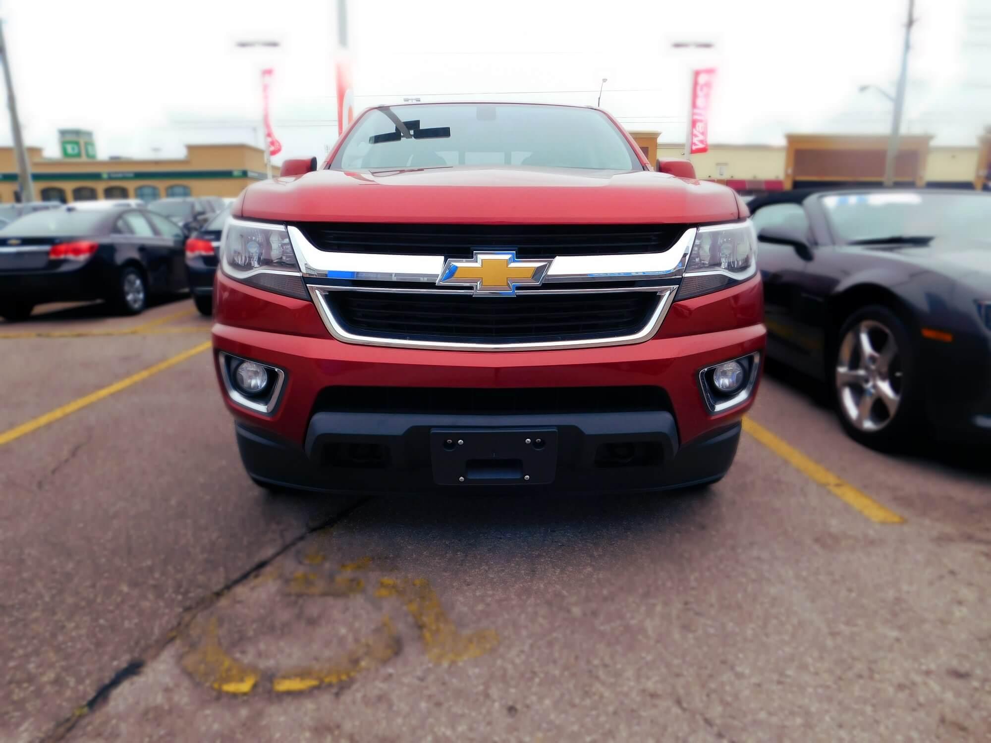 Chevrolet Colorado front