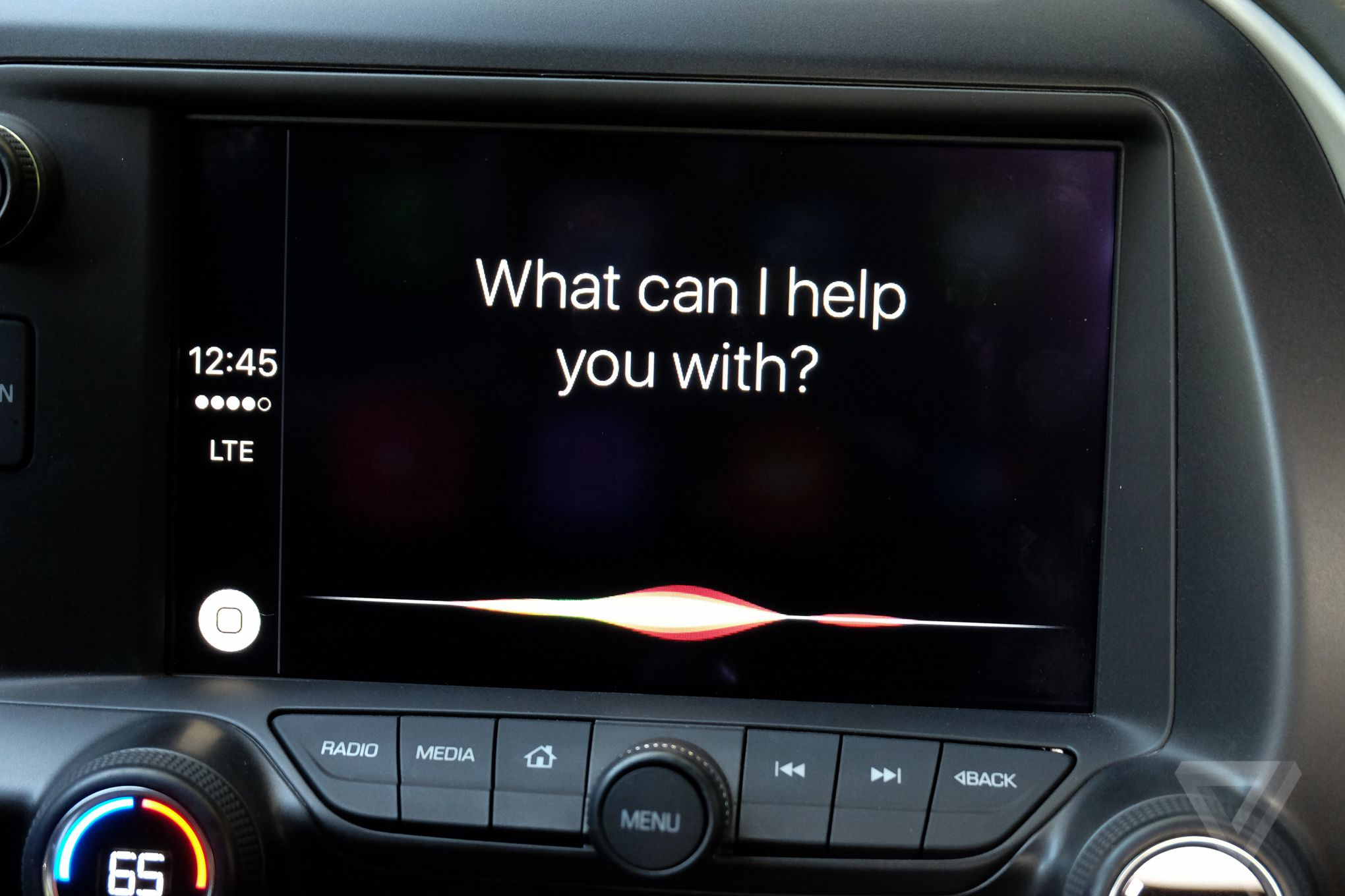 What Is CarPlay? We Explain EVERYTHING! - Wallace Chevrolet